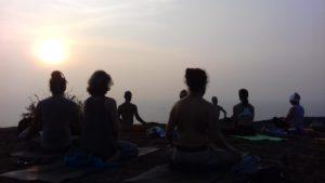 Йога в красивых местах